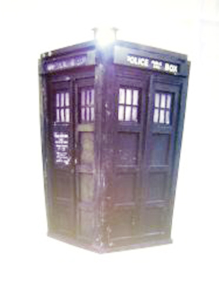 Doctor Who Tardis Cardboard Cutout Desktop